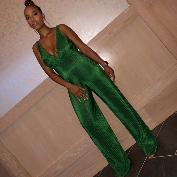 9e28f1601b03 Pretty little things  Emerald Green jumpsuit. NWT. PrettyLittleThing